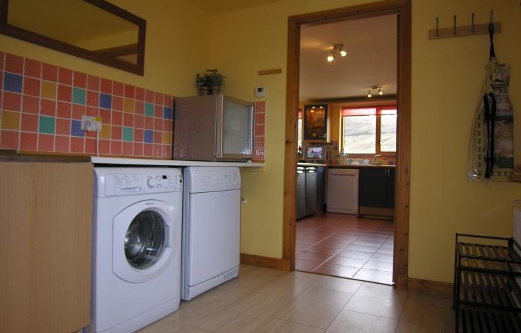Prince Point Villa - Laundry Room